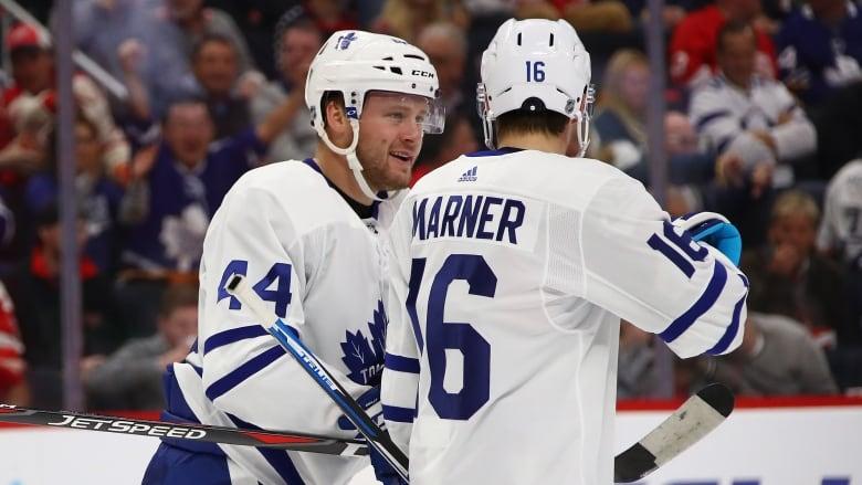 Maple Leafs' Auston Matthews continues torrid start, notches 10th goal