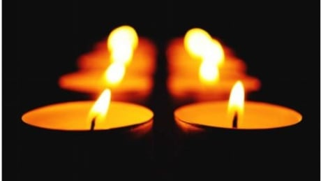 'A loss is a loss' says Thunder Bay organizer of candlelighting ceremony to mark pregnancy, infant loss thumbnail
