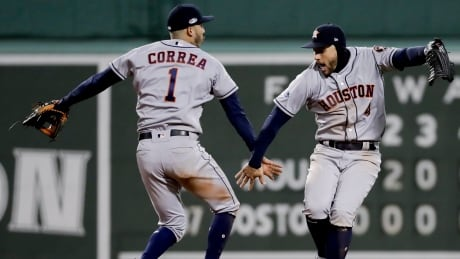 Astros' Verlander cools off Red Sox to win Game 1 of ALCS