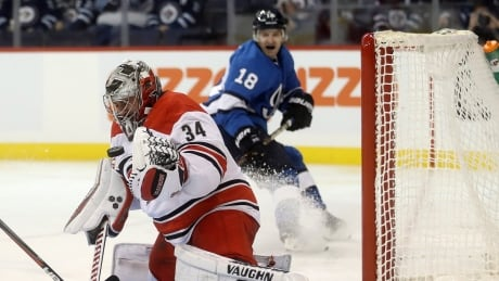 Bryan Little's 1st goal of season lifts Jets over Hurricanes