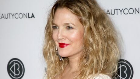 EgyptAir pulls in-flight magazine after Drew Barrymore article fiasco