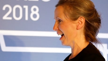 Writer Anna Burns wins Man Booker Prize for Milkman