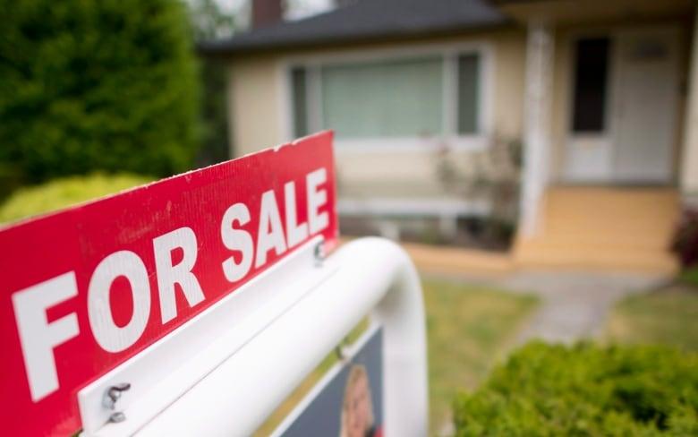B C  regulator accuses unregistered 'shadow' mortgage broker