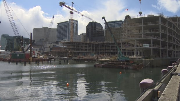 Queen's Marque project to use water from Halifax harbour for heating, cooling