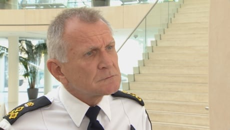 High-ranking officer accuses Edmonton police chief of deceit