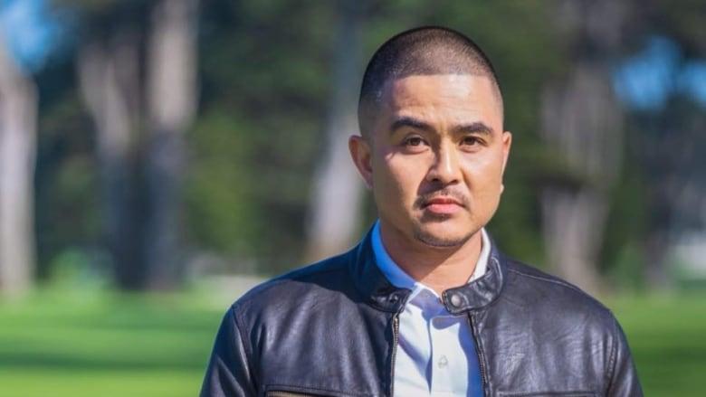 Filipino 'prankster' steps into Edmonton's comedy spotlight | CBC News