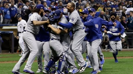 dodger-brewers-game-7-102018-620
