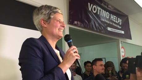 Lisa Helps Mayor of Victoria 2018 election victory