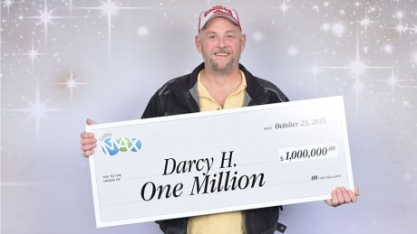 Kamloops man had million-dollar lotto ticket in his wallet for 3 months