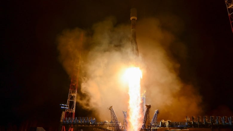 Russian Federation launjavascript:void(0);ches Soyuz-2.1b carrier rocket with spacecraft