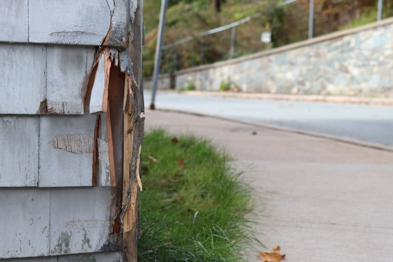 Students say school bus hopped curb, clipped Dartmouth home