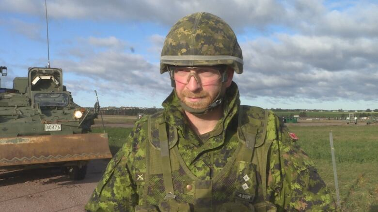 Bringing in the troops: Hundreds of Canadian Armed Forces engineers descending on P.E.I. Steven-peregoodoff