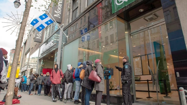 Quebec passes cannabis law that will raise legal age to 21