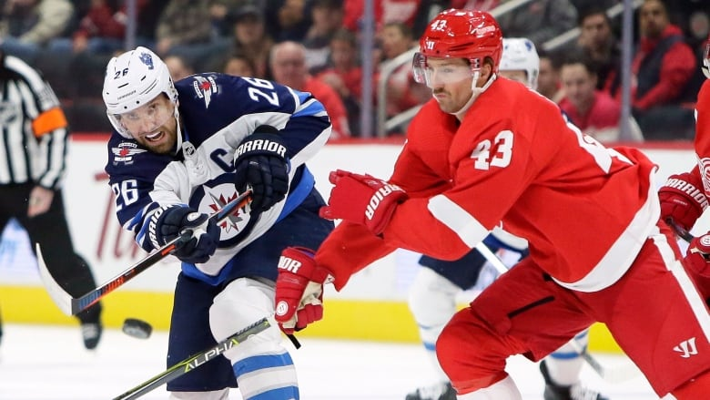 Byfuglien S Late Goal Gets Jets Past Red Wings Cbc Sports