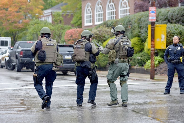 Accused Pittsburgh gunman leaves hospital, to face numerous charges