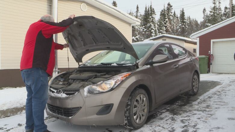 After months of delays, Hyundai replacing faulty engine in