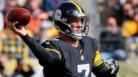 Steelers QB Roethlisberger to play with broken left index finger