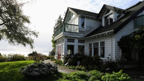 Sooke Harbour House