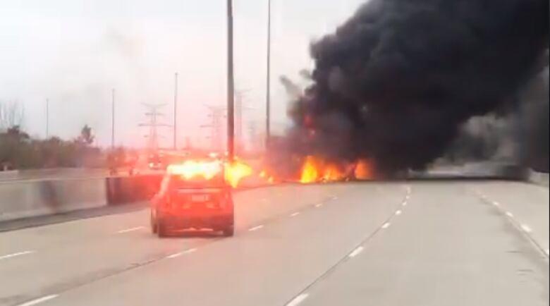 2 dead in tanker crash, fire on Toronto-area highway