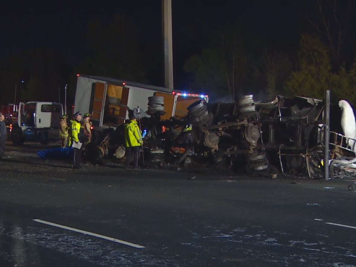 Mechanical issue may have caused deadly Hwy  407 crash, police say