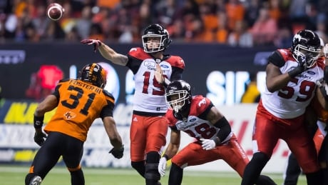 Stampeders clinch first with win over Lions
