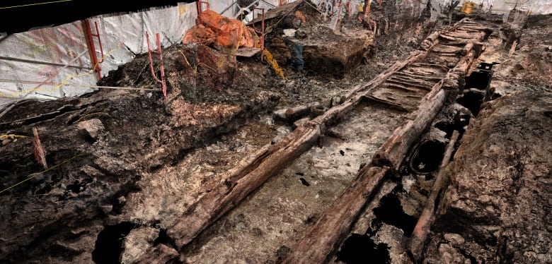 Archeologists discover fortifications in Quebec City dating back to 1693