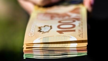 cash canadian 100 bills money stock