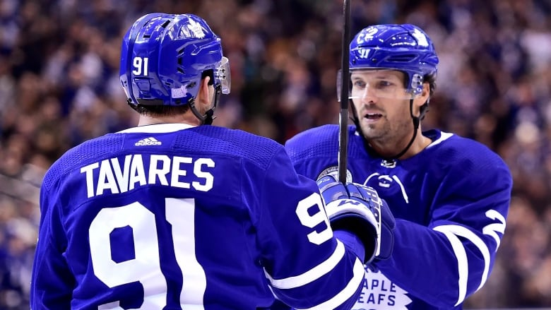 3a84b4753 Leafs use balanced attack to dump Devils in Hall of Fame game