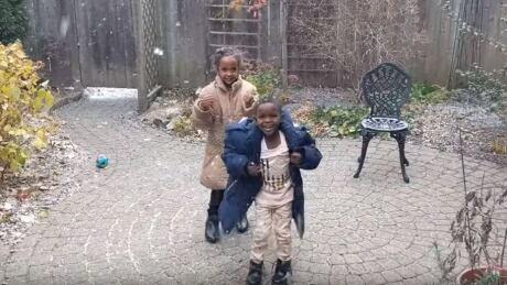 refugee children snow first time