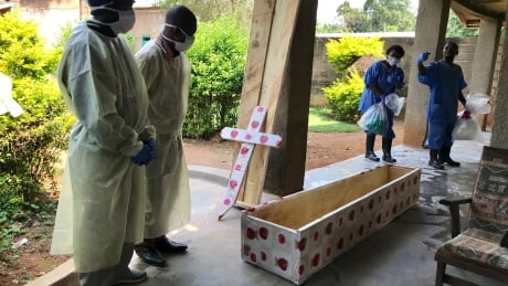 Ebola outbreak in Congo expected to last into mid-2019, WHO says
