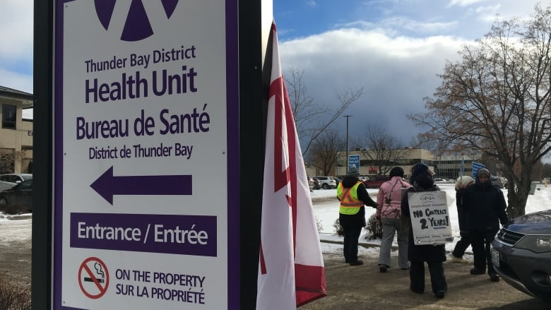 Union rep for striking Thunder Bay nurses says she's 'anxious' and