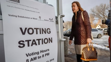 Turnout for Calgary Olympic plebiscite surpasses 130,000 by early afternoon