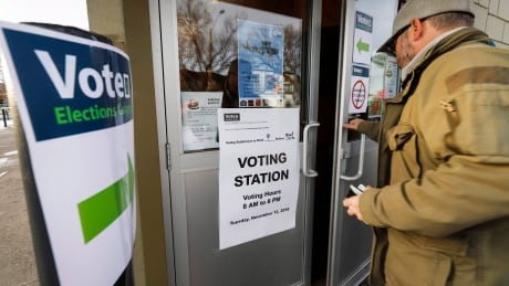 Eligible voter count in Calgary's Olympic plebiscite 100,000 higher than 2017 civic election