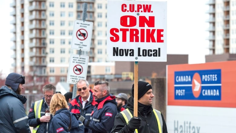 Canada Post strike having 'critical' impact on retailers, eBay warns Trudeau