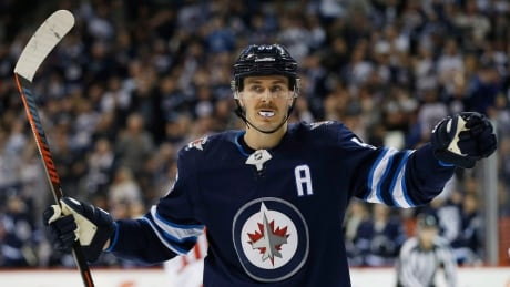 Jets blast Caps late to take 3rd straight