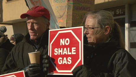 'Break out the signs': Shale gas foes take to the streets again
