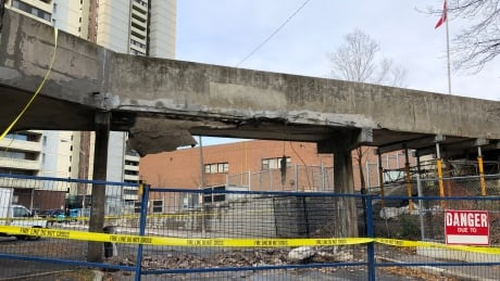 No one injured after part of pedestrian bridge collapses in east end