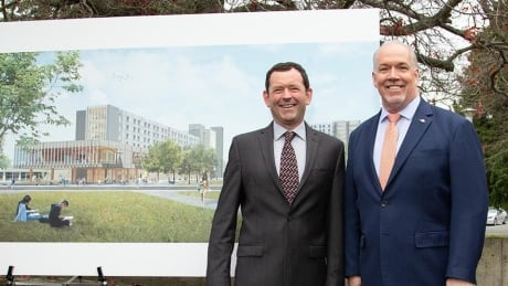 B.C. pledges funds for major expansion of student housing at UVic