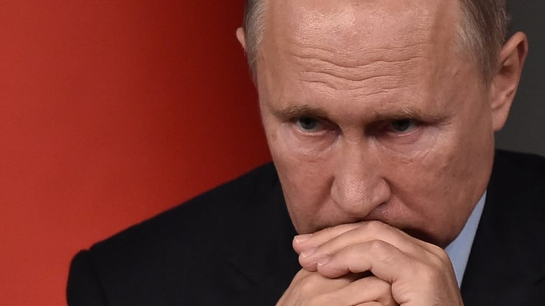 putin s popularity plunges as russian voters rage over pension