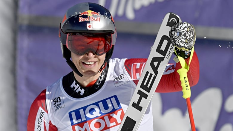 0d79e4ed24e Montreal native Erik Guay leaves the alpine world as one of Canada s greatest  skiers. (Francis Bompard Getty Images)
