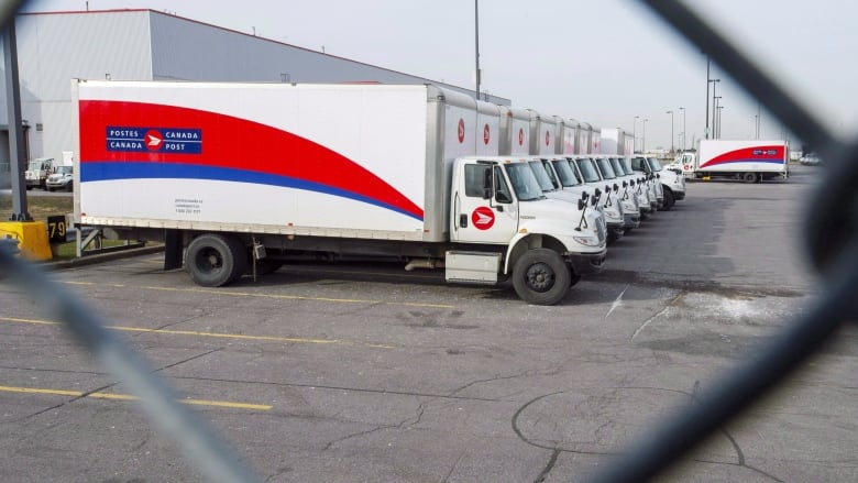 Senate passes legislation to end country-wide Canada Post strikes