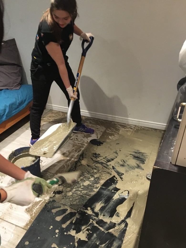 Her boyfriend was about to propose, then a contractor's