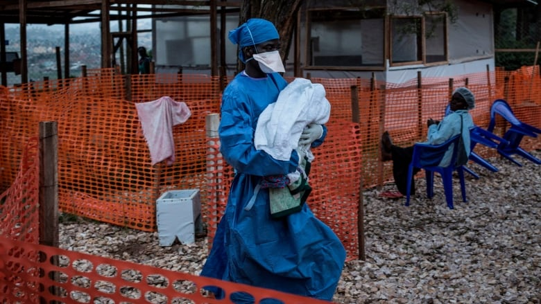 US urged to send Ebola experts to Congo as crisis worsens