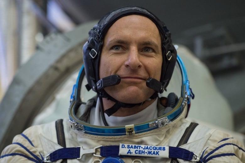 Solemn, spectacular ritual precedes David Saint-Jacques's Soyuz launch afp 1at8xg