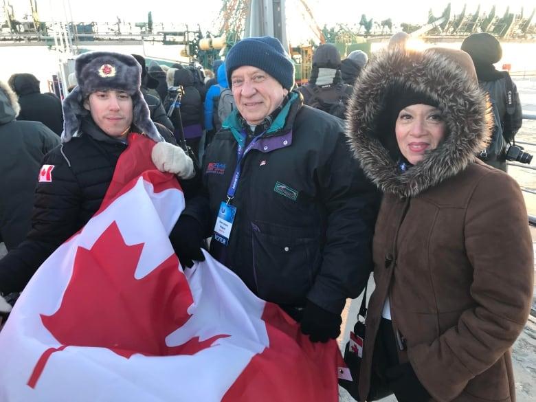Solemn, spectacular ritual precedes David Saint-Jacques's Soyuz launch canadians soyuz rocket brought to launch pad