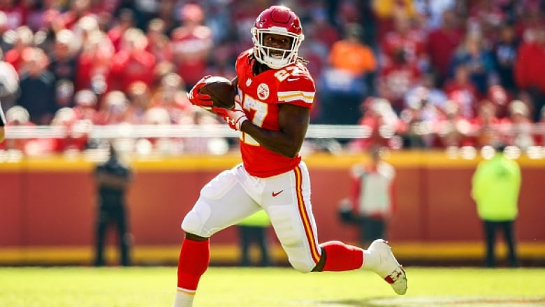quite nice 5dd2c 862bd Kareem Hunt admits lying to Chiefs about assault | CBC Sports