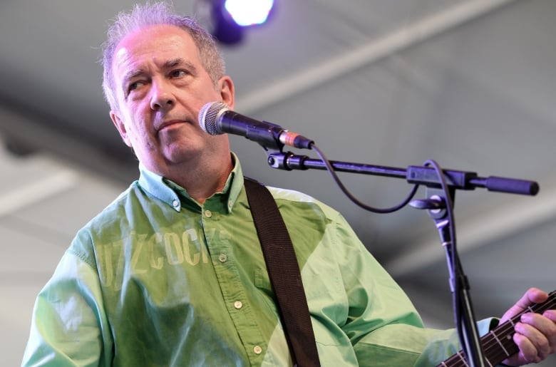 Gay Buzzcocks Vocalist Pete Shelley Dead At Age 63