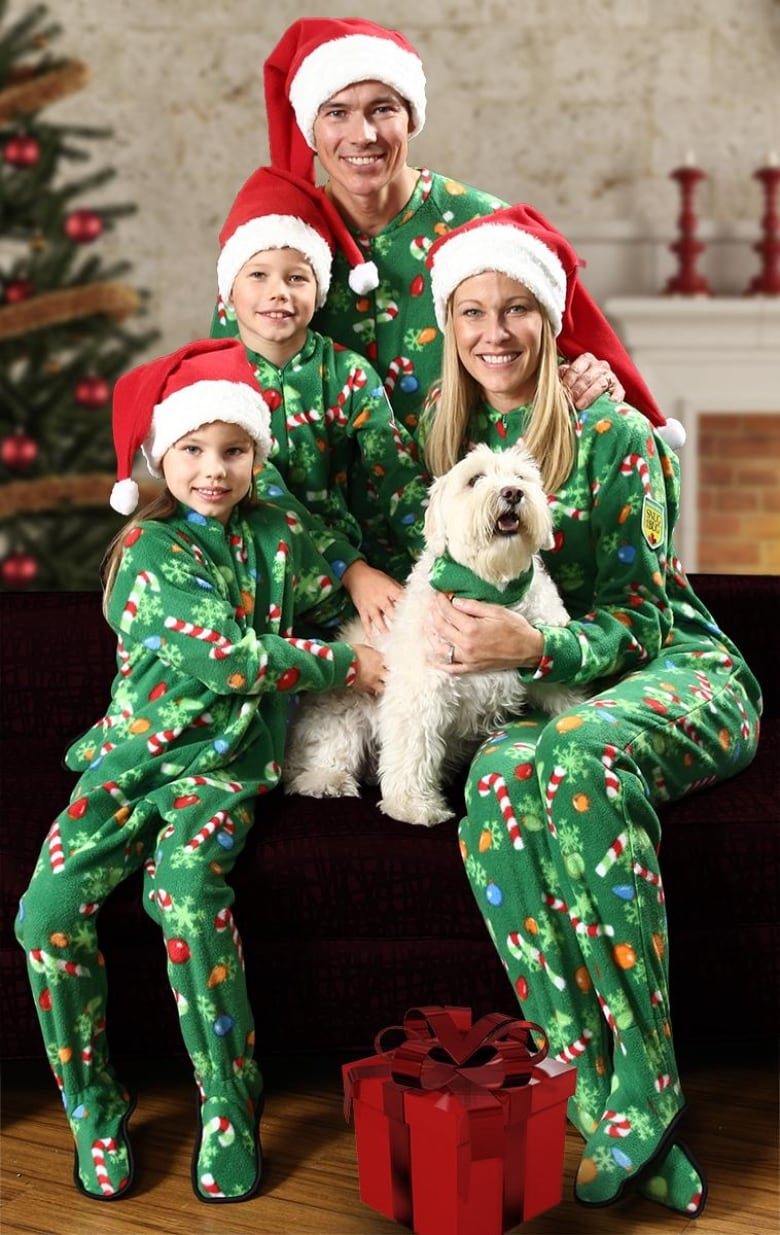 Family Christmas Pajamas Canada.Where To Find Adorable Matching Pyjamas For The Whole Family