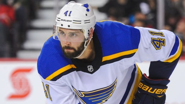 As Blues tumble, tempers flare between teammates Bortuzzo, Sanford during practice