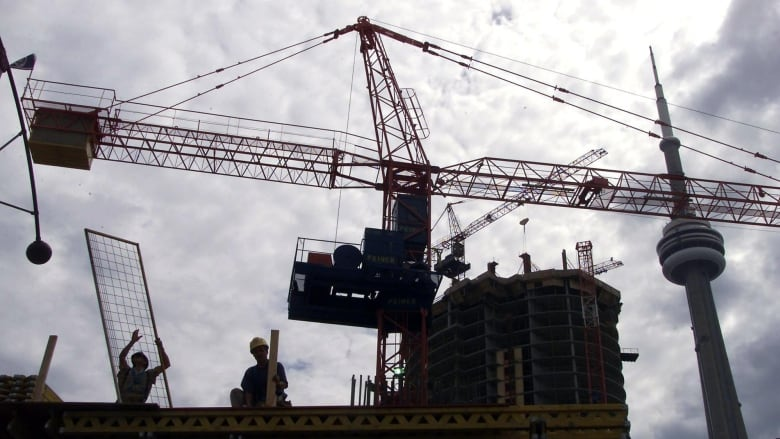 Ontario contractors say shortage of skilled labour slowing